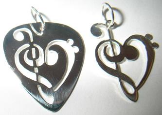colgantes claves corazon